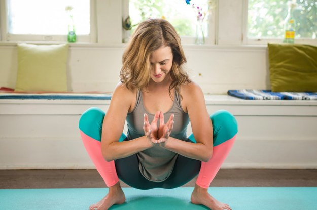 Йога видео уроки в домашних условиях