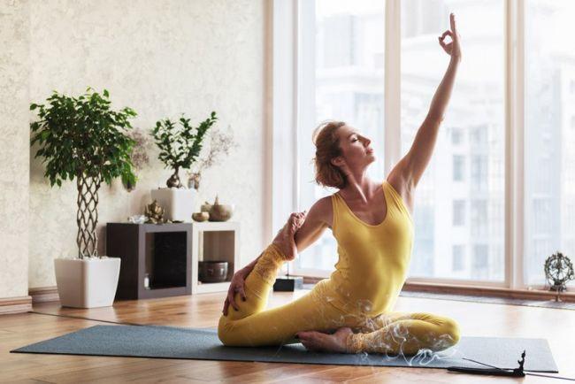 Йога упражнения видео онлайн