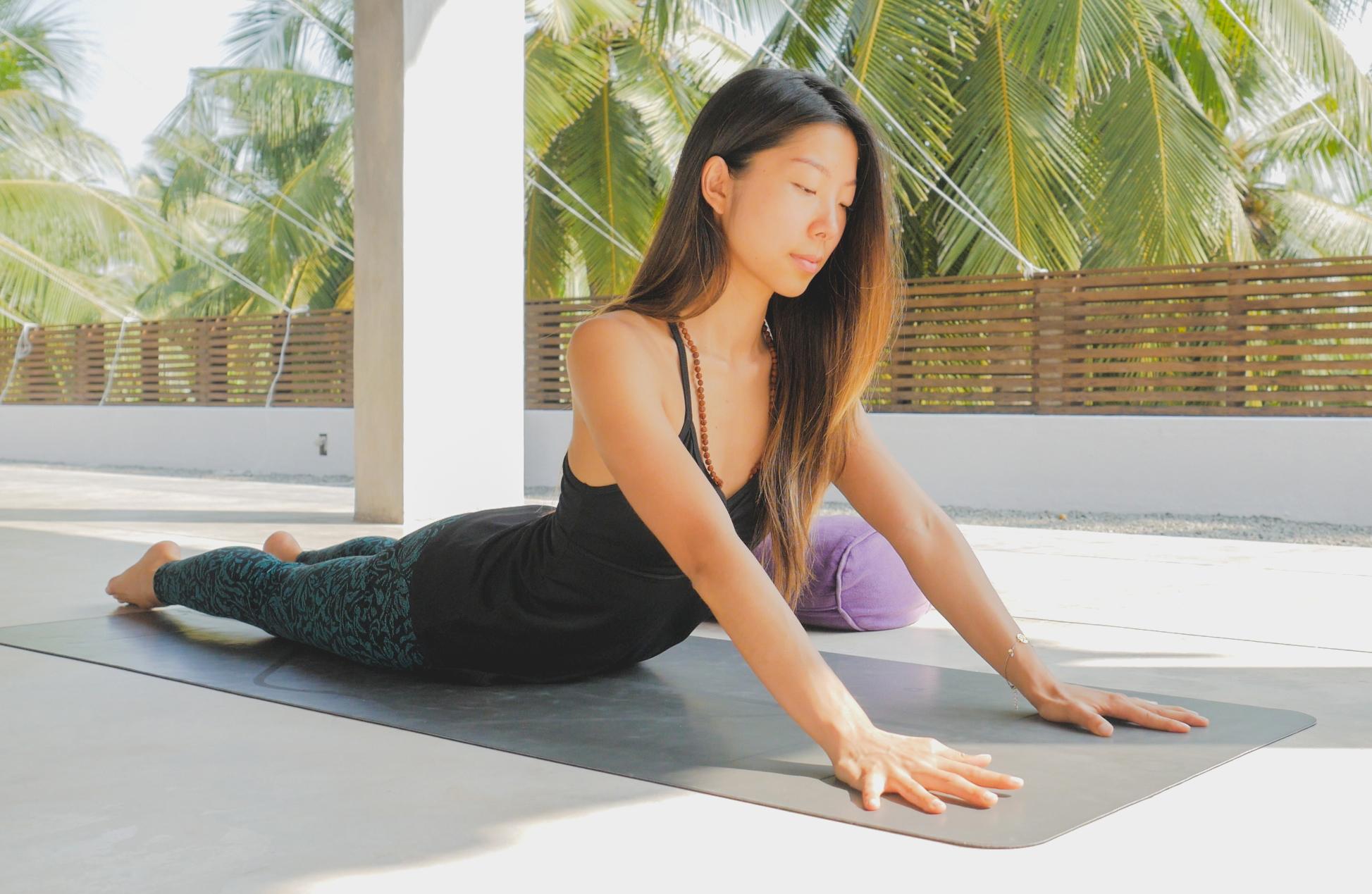 Йога для начинающих видео уроки в домашних условиях смотреть
