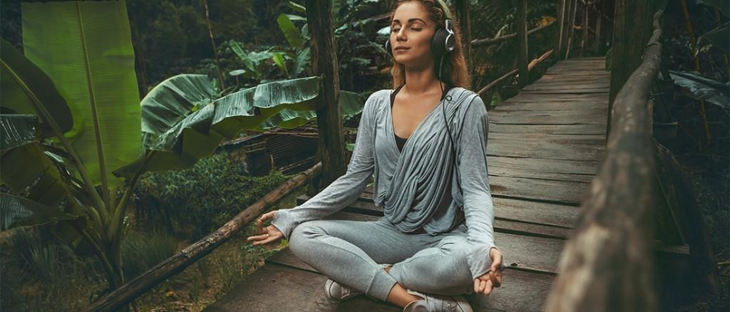 Видео йога средний уровень
