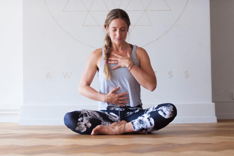 https://yoga-masters.com/