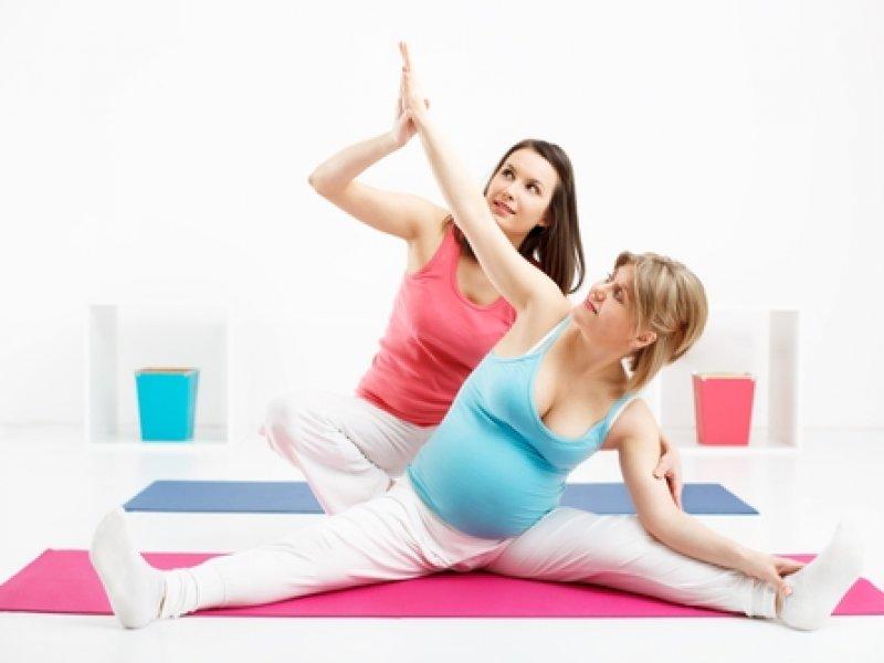 Упражнения йоги при беременности