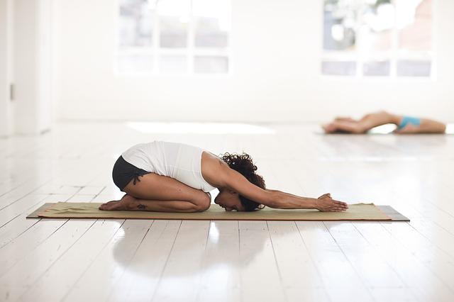 Утренняя йога для начинающих комплекс упражнений