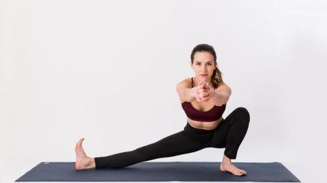 Йога для новичков в домашних условиях