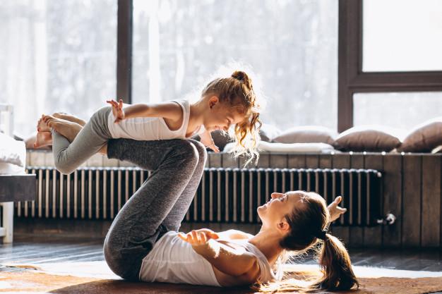 Йога для начинающих в паре