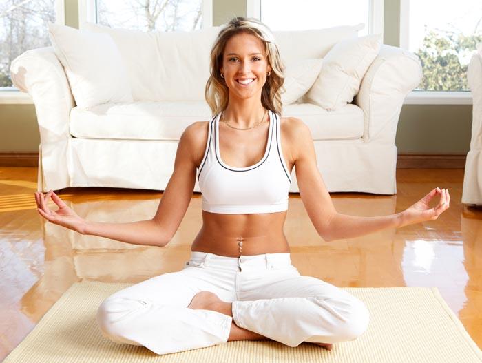 Комплекс йоги для начинающих в домашних условиях