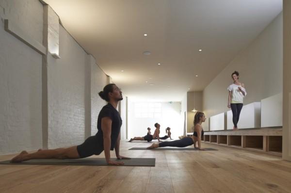 Йога для начинающих комплекс упражнений