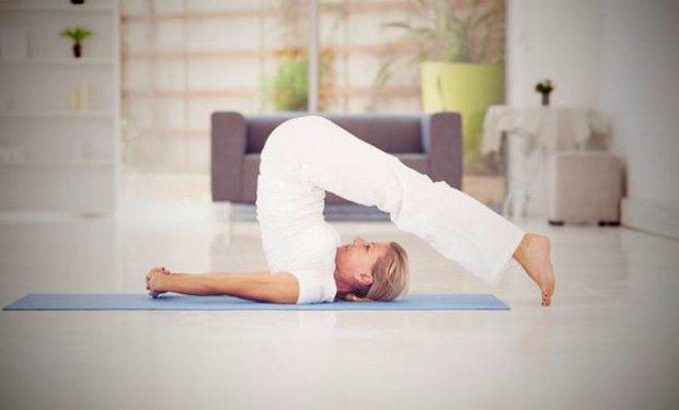 Йога для начинающих в домашних условиях видео