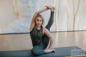 Йога для начинающих курс видео
