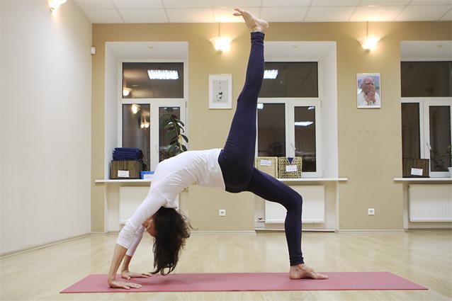 Лучшие видеоуроки йоги для начинающих