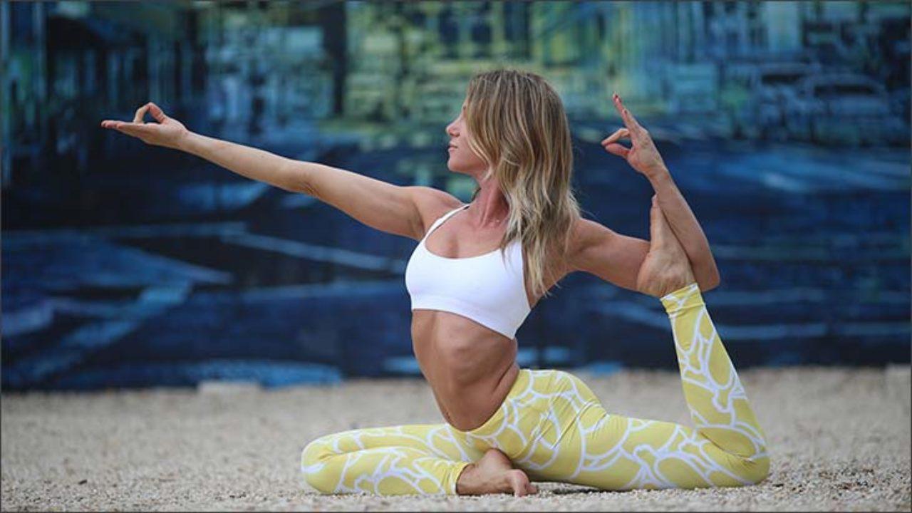 Йога комплекс для проработки задней поверхности тела