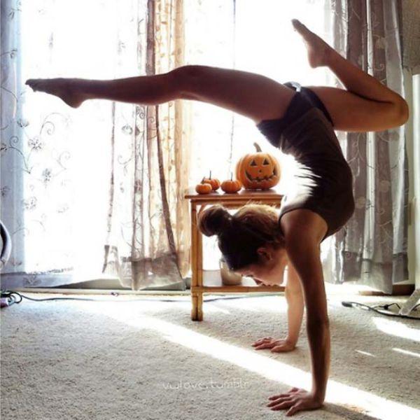Йога тренировки не выходя из дома