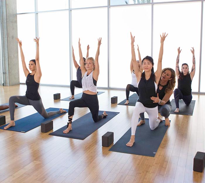 Курс тренировок по йоге онлайн