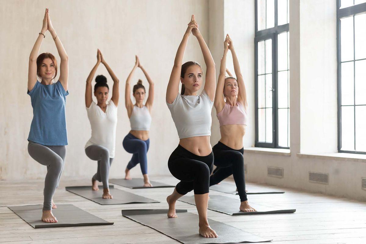 Тренировки по йоге онлайн с преподователем