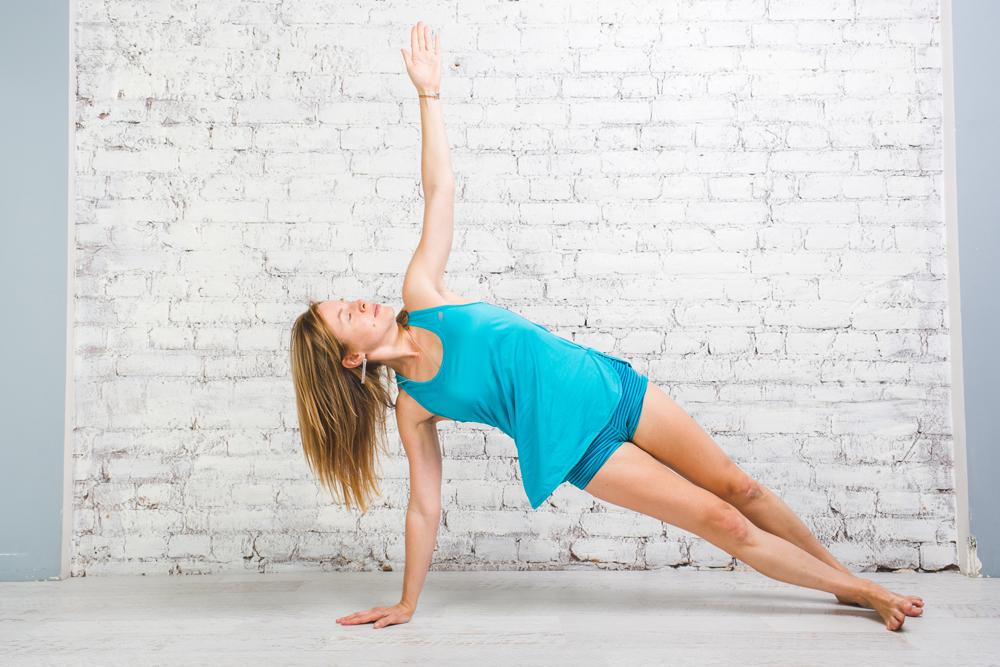 Йога комплексы для проработки спины