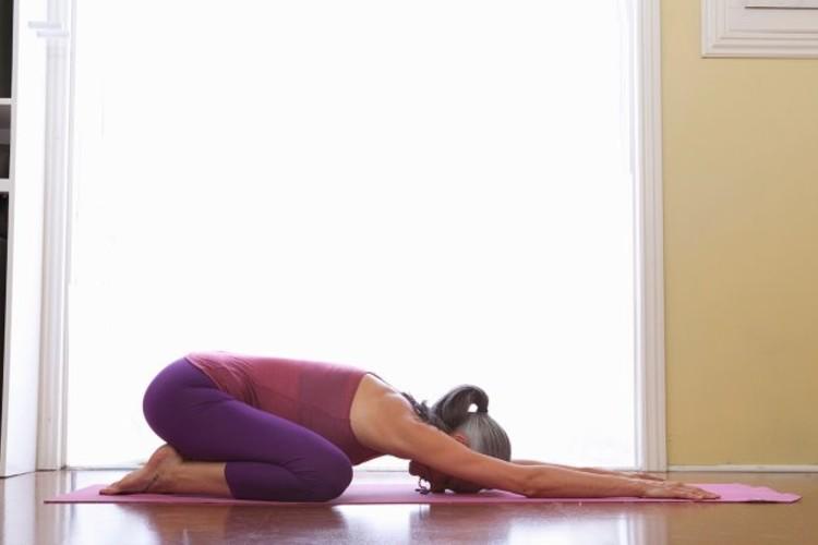 Йога комплексы для проработки поясницы