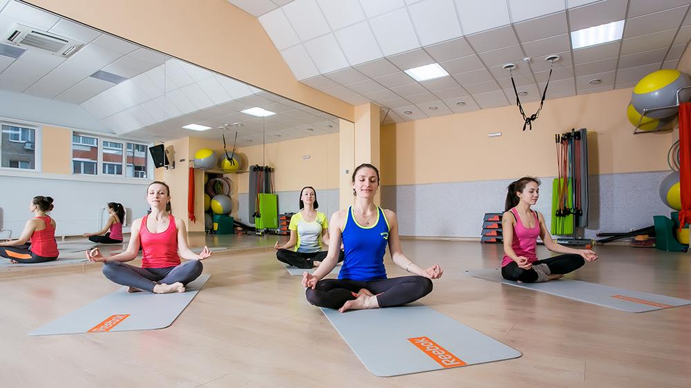 Йога онлайн для начинающих дома