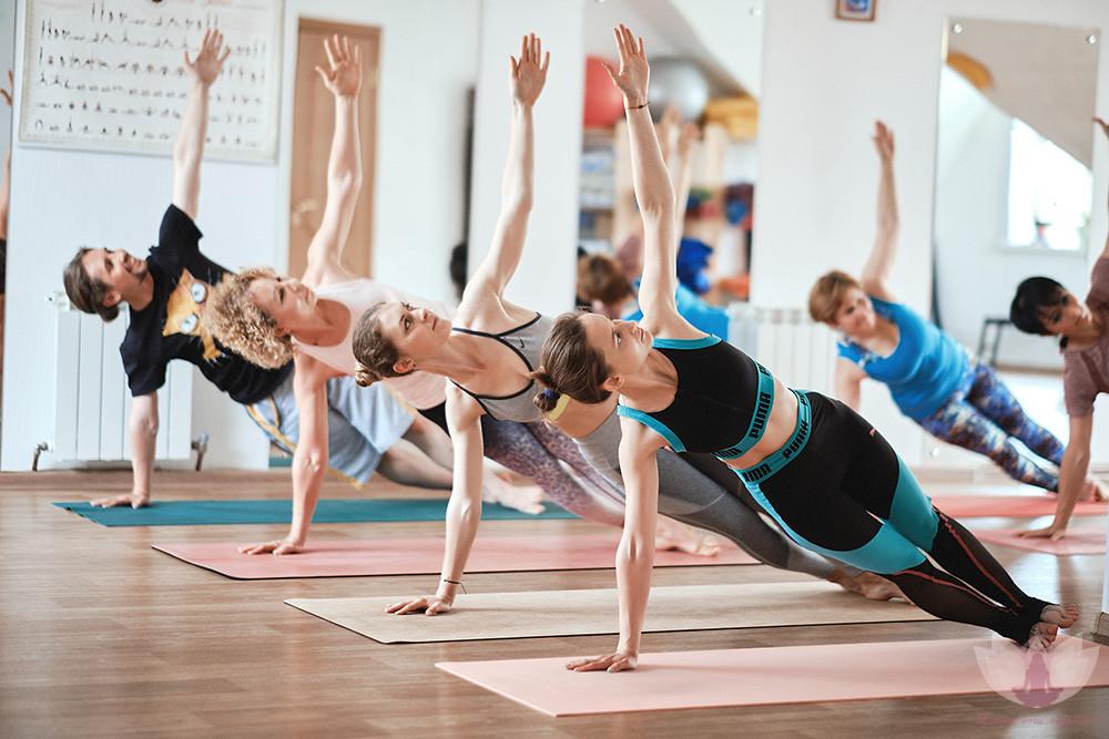 Лечебная йога онлайн