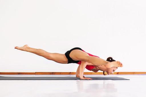 Короткие тренировки по йоге