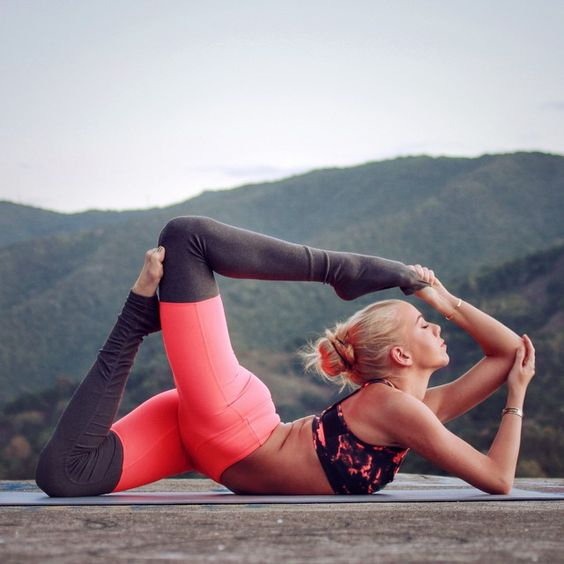 Видео по йоге для осанки