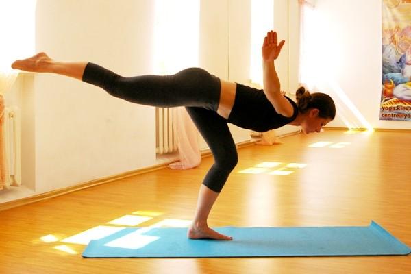 Персональный тренер по йоге онлайн
