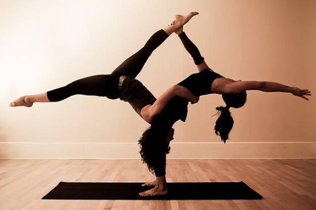 Парная йога видео тренировки