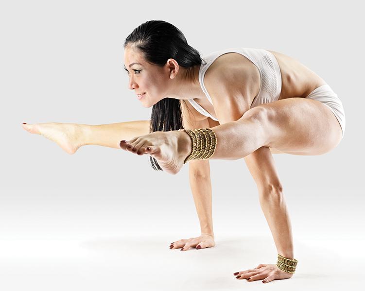 Йога практика в онлайне