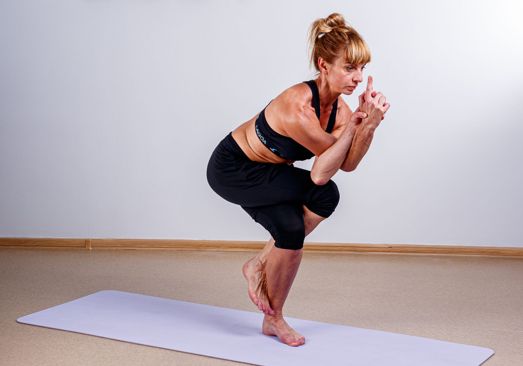 Практика от экспертов по йоге