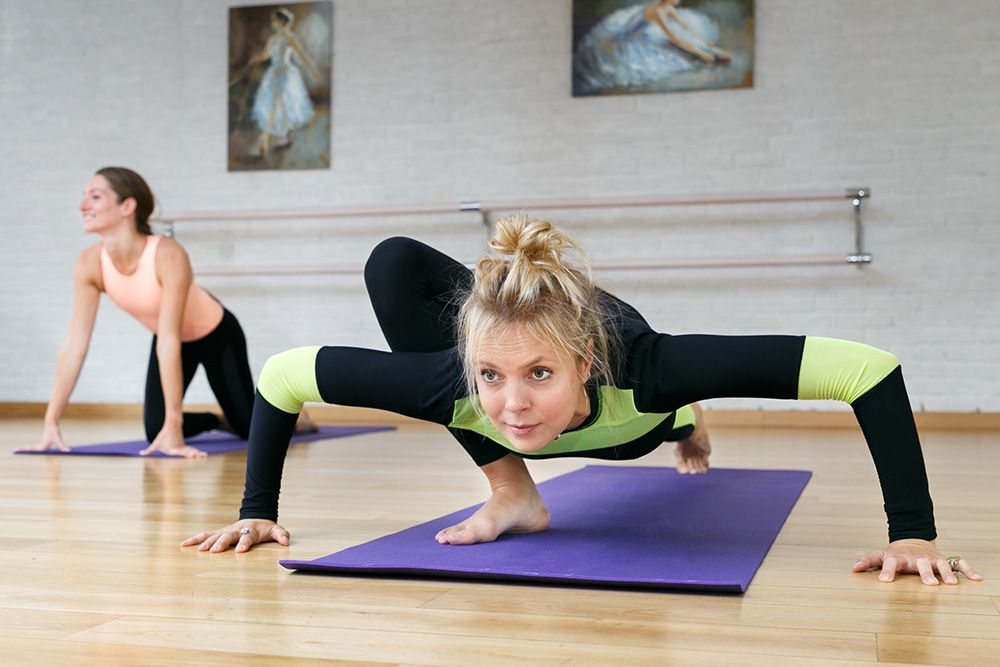 Как лучше изучать йогу удаленно?