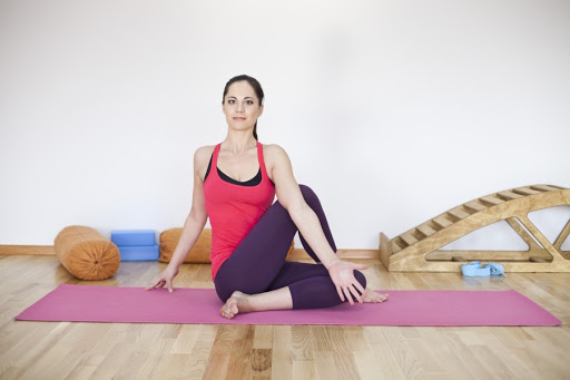 Йога студия для занятий онлайн