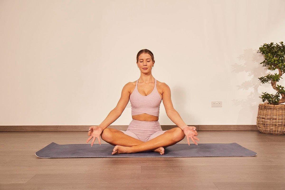 Тренировочные комплексы по йоге