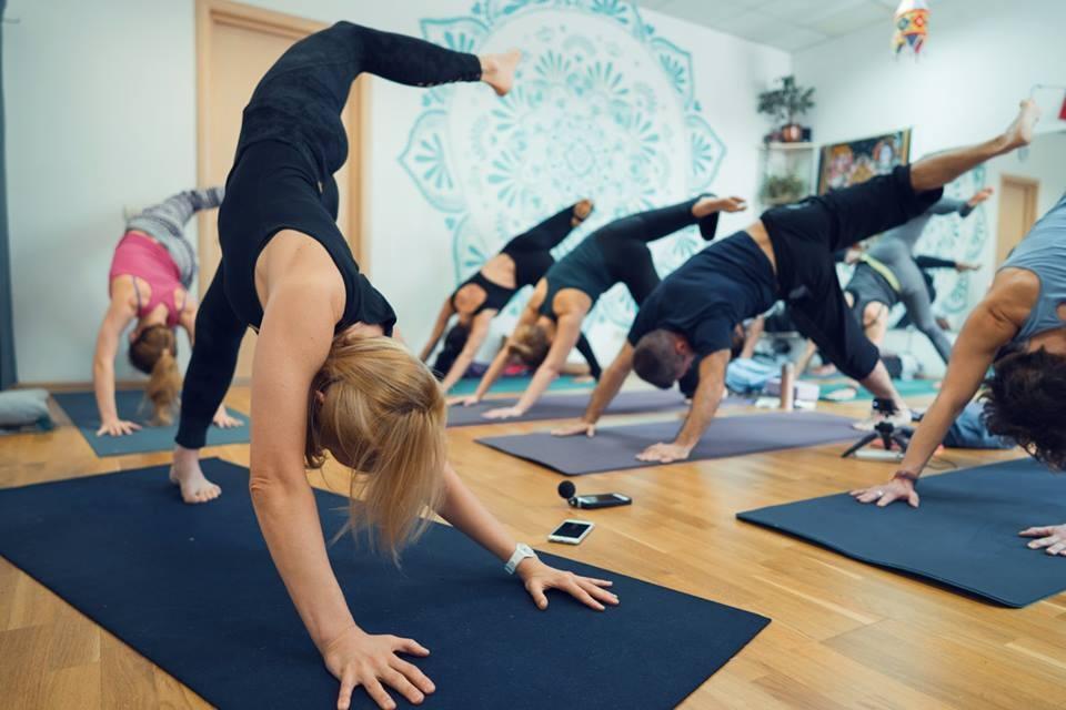 бесплатные йога занятия онлайн